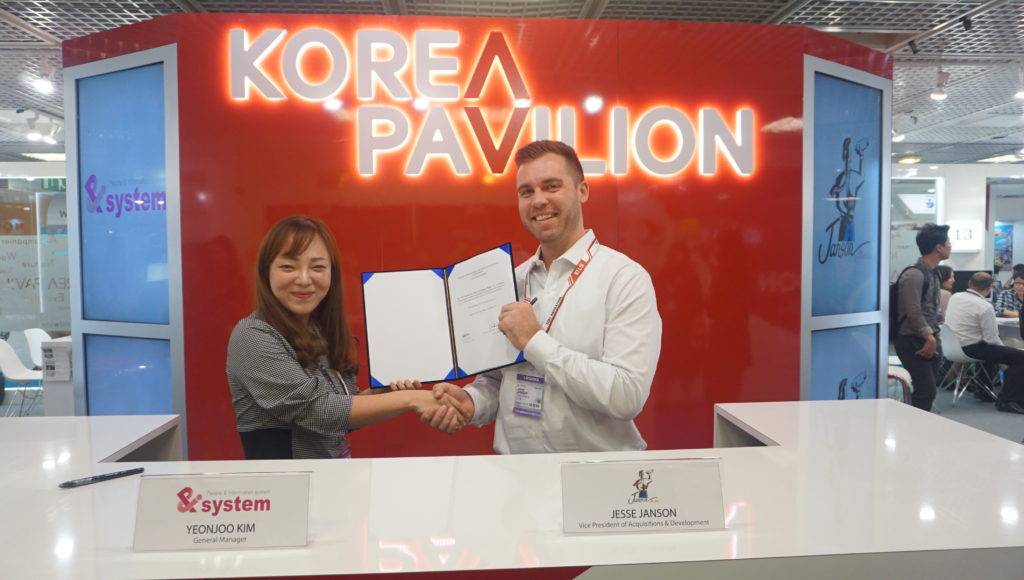Janson Media secured the US digital rights to Korean pre-school animation series Little Farmer Rabby, from PNI System. Pictured are: PNI System's Sasha Kim (left) with Janson Media's Jesse Janson