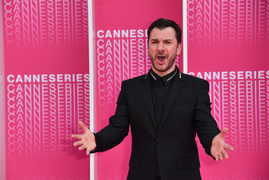 CANNESERIES Pink Carpet Michael Youn