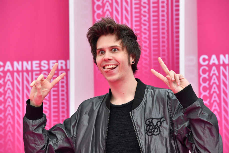 CANNESERIES Pink Carpet El Rubius